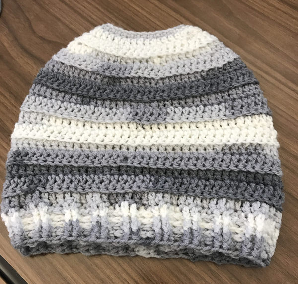 free ponytail crochet hat pattern